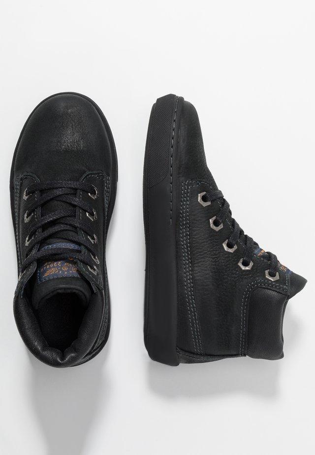 VULCAN - Korkeavartiset tennarit - black