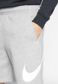 Nike Sportswear - CLUB - Shorts - grey heather/white - 5