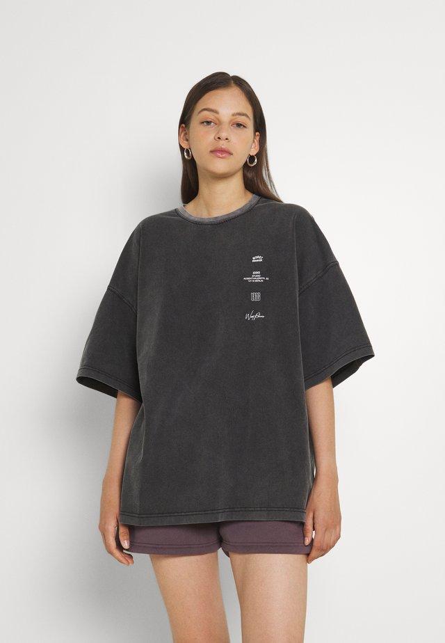 GOLDEN CUT VINTAGE WOMEN - Print T-shirt - vintage black