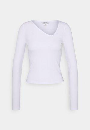 DAISY  - Langærmede T-shirts - white light