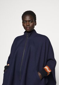 WEEKEND MaxMara - NOME - Cape - ultramarine - 3