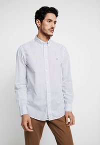 Tommy Hilfiger - DOT REGULAR FIT - Overhemd - white - 0