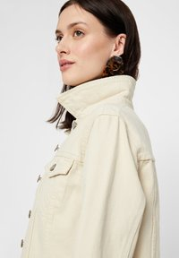 Pieces - Denim jacket - almond oil - 3