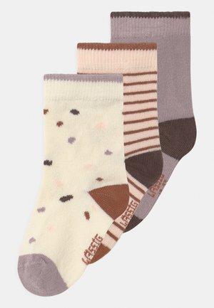 TINY FARMER 3 PACK - Ponožky - lilac