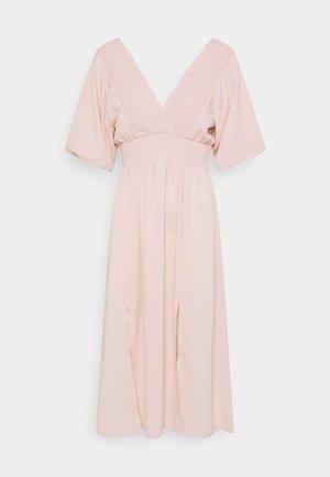 PETITES LAMAR PUFF SLEEVE DRESS  - Day dress - light pink