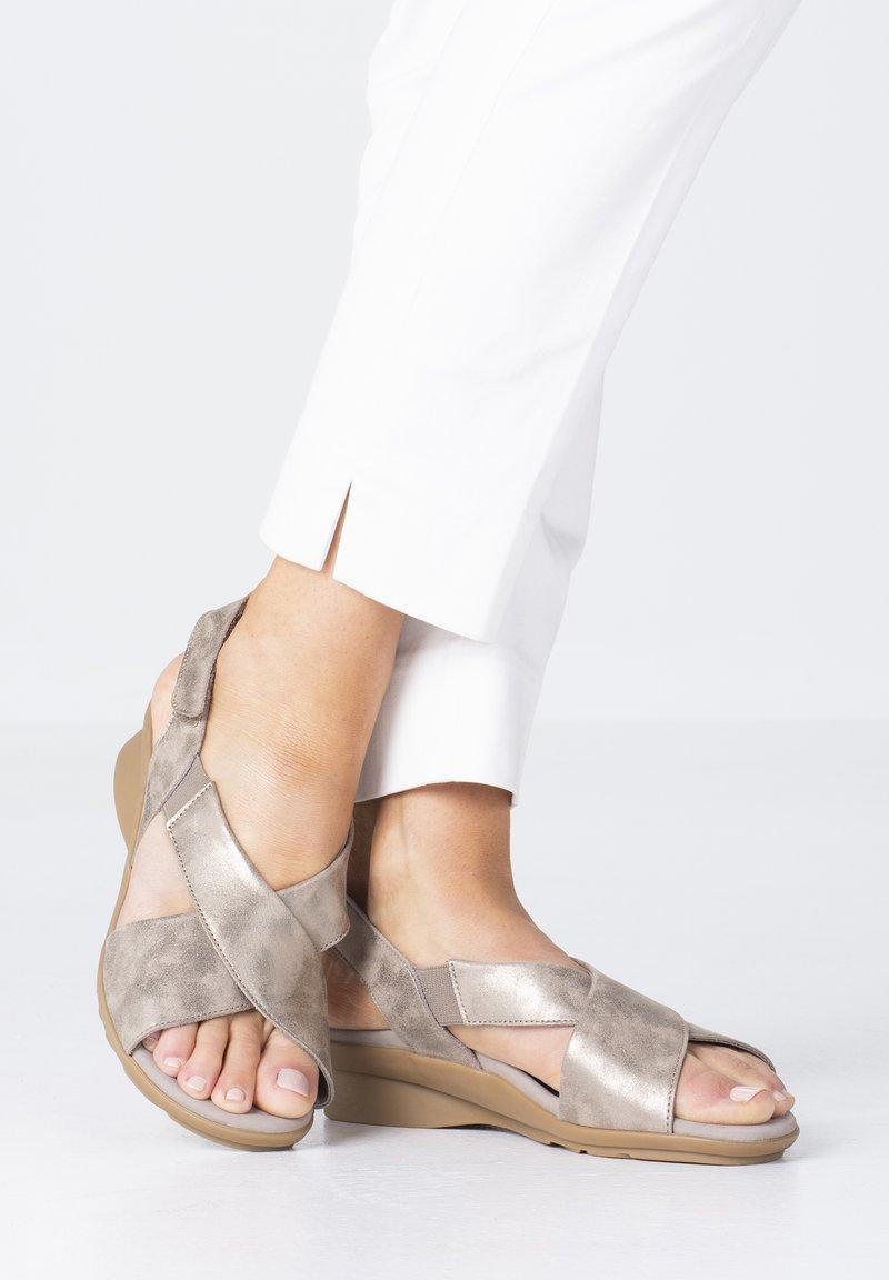Mephisto - SANDALETTE PHARA - Sandals - dark taupe