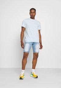 Good For Nothing - NON PAINT SHORT - Denim shorts - blue - 1