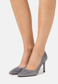 Dorothy Perkins - DELE SHIMMER COURT - High heels - pewter - 0