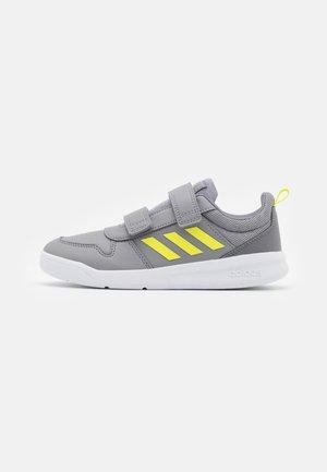 TENSAUR UNISEX - Sports shoes - grey three/acid yellow/grey four
