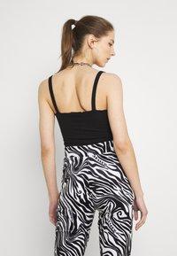 Missguided - LETTUCE EDGE BODYSUIT 2 PACK - Top - black/white - 2