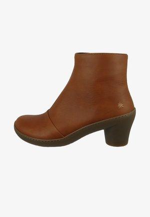 ALFAMA - Ankle boots - cuero
