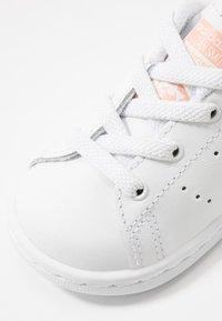 adidas Originals - STAN SMITH - Slip-ons - footwear white/glow pink - 2