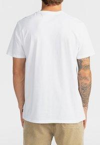 Billabong - TRADEMARK - Print T-shirt - white - 2