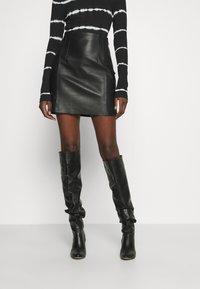 DAY Birger et Mikkelsen - TAKE CARE - Leather skirt - black - 0