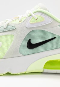 Nike Sportswear - AIR MAX 200 - Trainers - pistachio frost/black/spruce aura/summit white/barely volt - 2