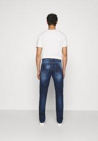 Dondup - PANTALONE GEORGE - Jeans Tapered Fit - dark blue - 2