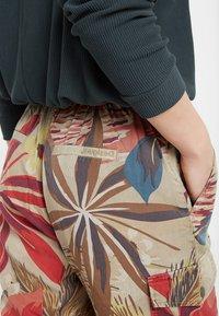 Desigual - Teplákové kalhoty - brown - 4