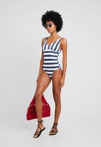 Esprit - NORTH BEACH SWIMSUIT PADDED - Swimsuit - dark blue - 1