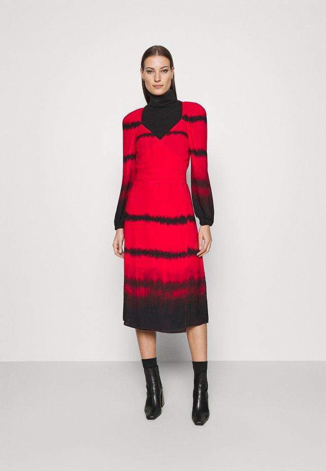 WRAP DRESS - Vestito estivo - red