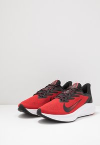 Nike Performance - ZOOM WINFLO 7 - Neutral running shoes - university red/black/white - 2