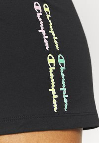Champion - SHORTS - Pantalón corto de deporte - black - 5