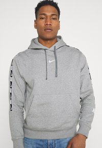 Nike Sportswear - REPEAT HOODIE  - Hoodie - grey heather/white - 3