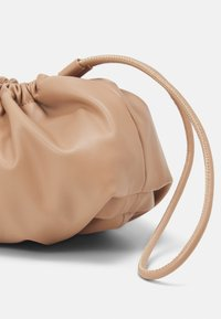 Seidenfelt - MYSEN - Handbag - sandy - 5