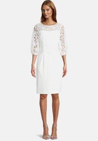 Vera Mont - MIT SPITZE - Cocktail dress / Party dress - ivory white - 0