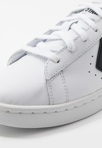 Converse - PRO LEATHER - Trainers - white/black - 8