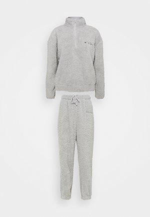 BORG HALF ZIP HOODIE JOGGERS - Sweatshirt - grey