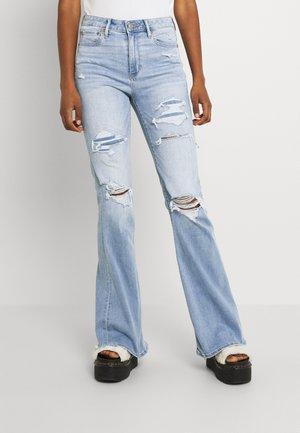 SUPER HI RISE - Flared jeans - light repair
