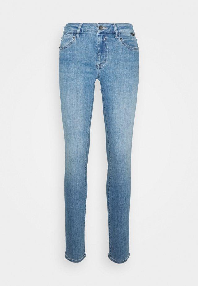 ADRIANA - Jeans Skinny Fit - baby blue