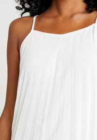 Missguided - STRAPPY PLEATED DRESS COLOURBLOCK - Maxi dress - white - 6