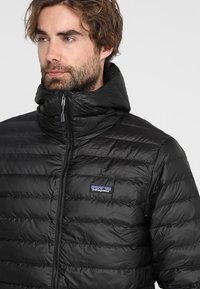 Patagonia - Down jacket - black - 6