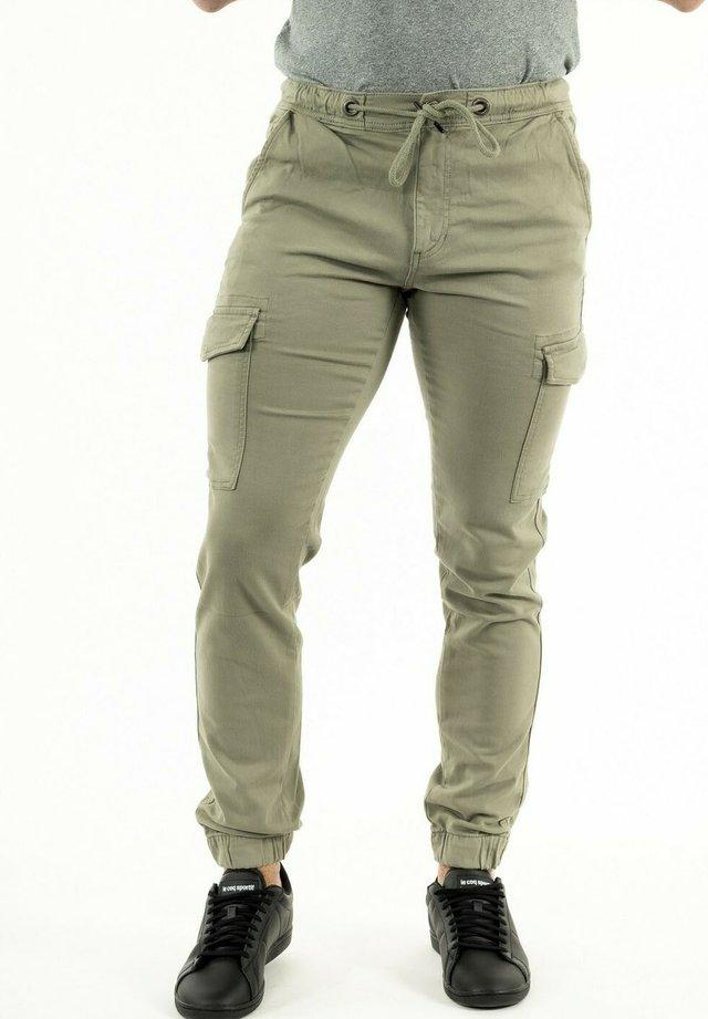 DOWPUL - Pantalon cargo - vert