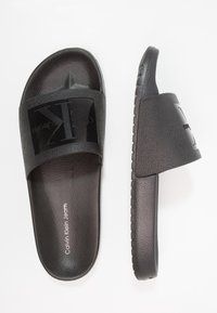 Calvin Klein Jeans - VINCENZO - Pool slides - black - 1