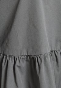 Selected Femme - SLFCATALINE  - Vapaa-ajan mekko - grey - 2