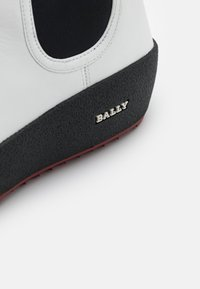 Bally - GADEY - Wedge Ankle Boots - white - 4