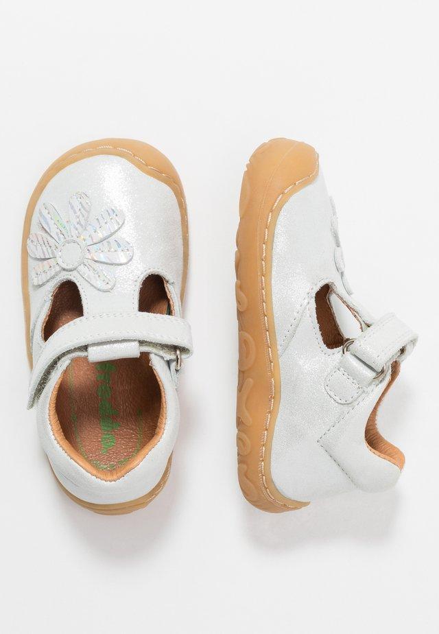 MINNI MEDIUM FIT - Dětské boty - white
