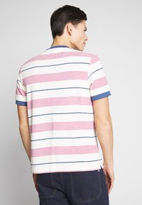 Farah - BIGGS - T-shirt print - cream - 2