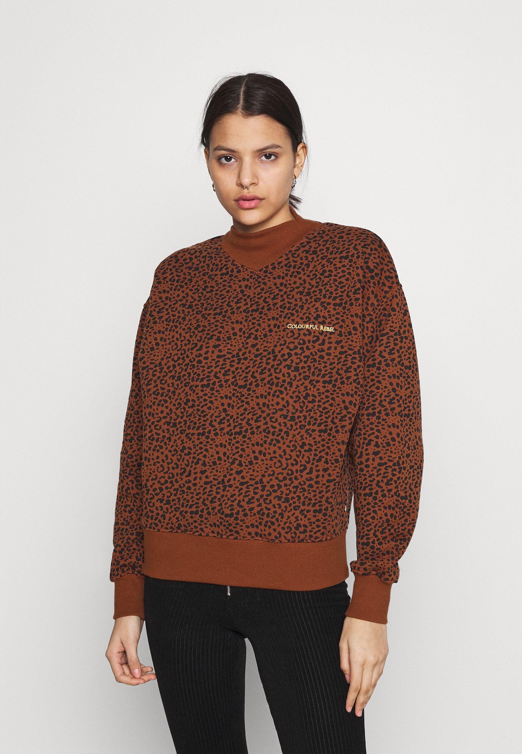 Women LEOPARD LOOSE FIT HIGH NECK GINGER BREAD - Sweatshirt