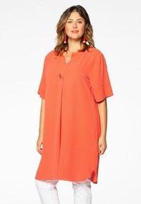 Yoek - MIT BAND-DETAIL - Day dress - orange - 0
