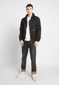 Dickies - V-NECK PACK 3 - Basic T-shirt - black/grey/white - 1