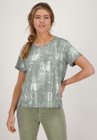 Monari - Print T-shirt - silber - 0