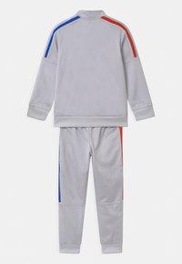 adidas Originals - SET UNISEX - Training jacket - dash grey - 1