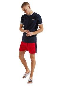 Ellesse - GENOA  - Swimming shorts - rot - 1