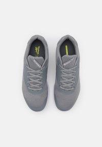 Reebok - STRIDIUM - Sportieve wandelschoenen - pure grey 5/footwear white/quartz metallic - 3