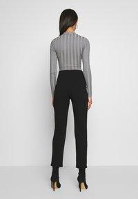 Missguided - EXTREME CREW NECK BODYSUIT - Stickad tröja - grey - 2