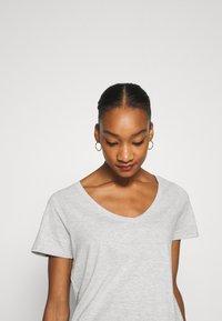 Anna Field - Basic T-shirt - mottled light grey - 4