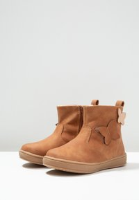 Friboo - Classic ankle boots - cognac - 2